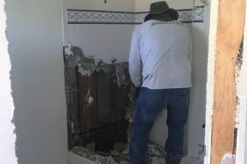 Tarzana Bathroom Remodel Project4